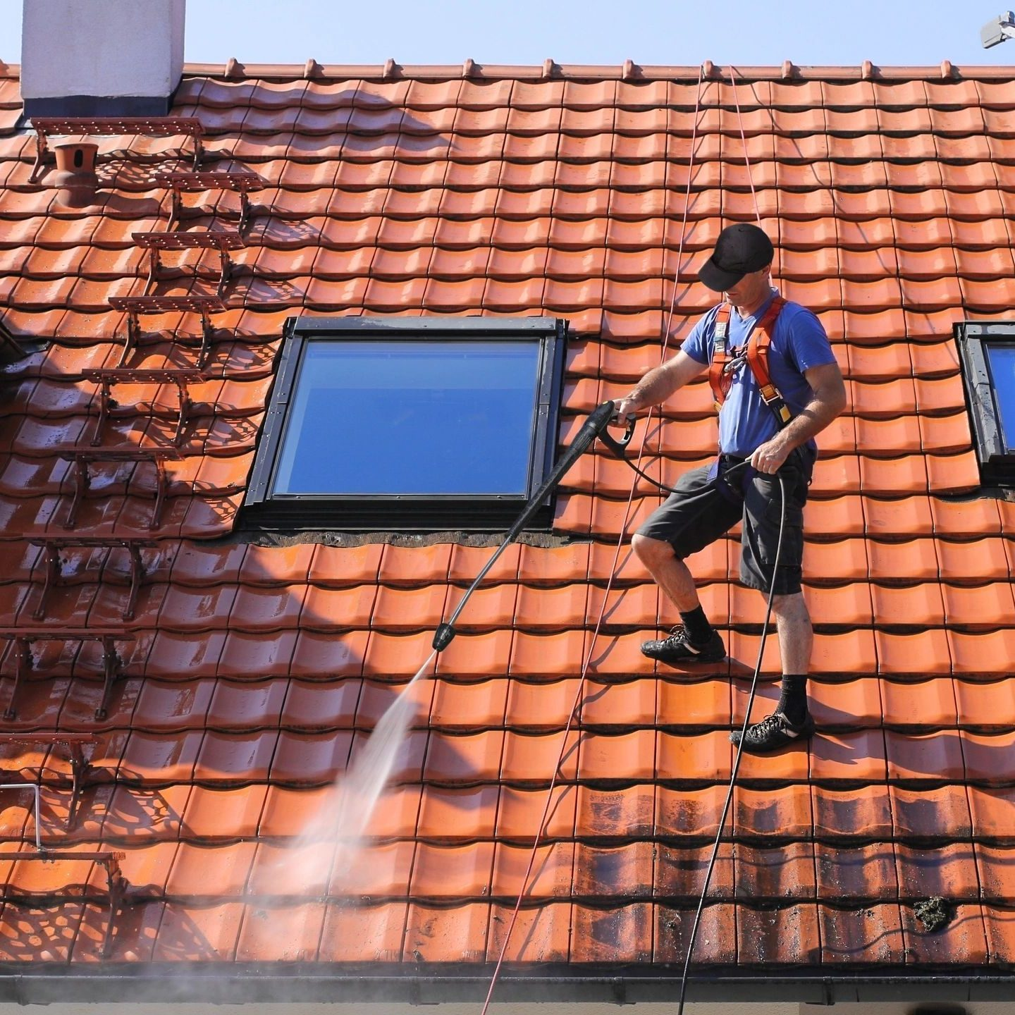 spray foam roofing products and coatings